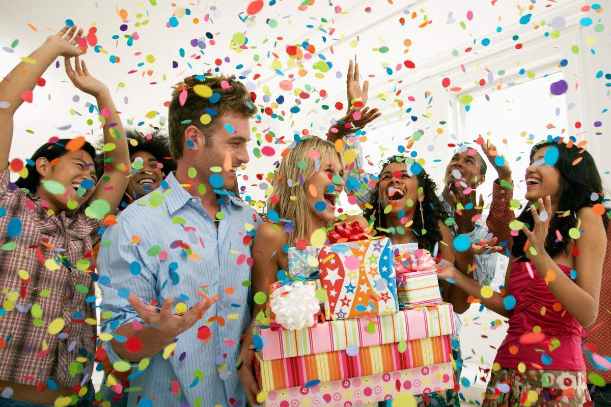 Веселого празднования дня рождения